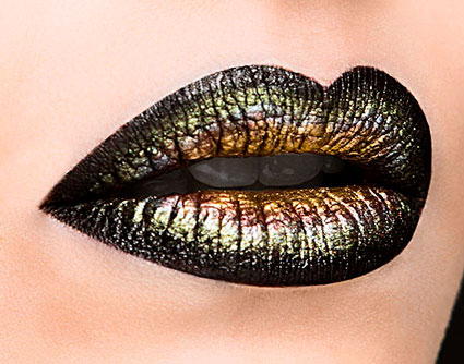 Toxic-Lips-2